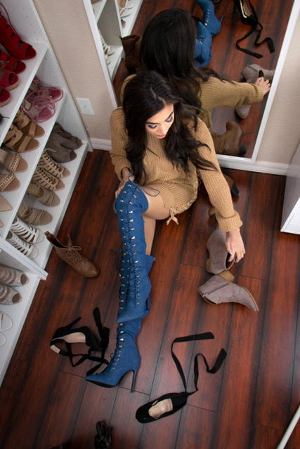 Steph Aiello, modeling shoe wear